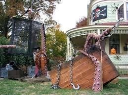 Backyard Haunted House Ideas Yard Haunt Decorating Ideas Openpoll Me