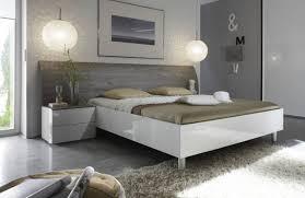 chevet chambre adulte lit adulte haut liée à chevet chambre adulte cool les plus belles