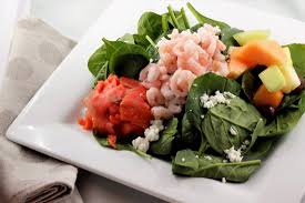 cold smoked salmon spinach salad w fresh fruit goat cheese