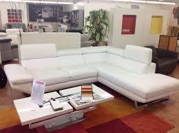 canapé d angle blanc cuir canapé en l à lorient morbihan vente de salons cuirs et tissus