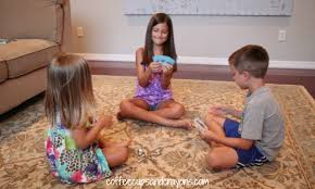 To Play With Family Family Card How To Play Spoons