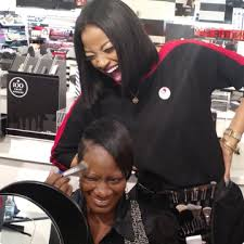Makeup Classes Milwaukee Classes For Confidence Sephora Stands