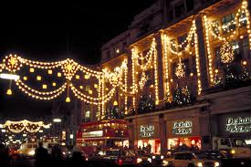Best Christmas Lights To Buy by London During The Holidays