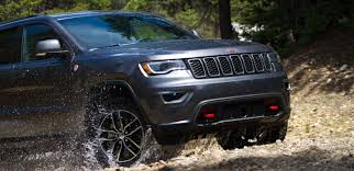 2018 Jeep Grand Cherokee Vs 2018 Honda Pilot Comparison Review By
