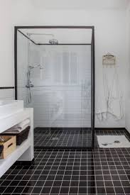 salle de bain aubergine et gris les 25 meilleures idées de la catégorie salle de bain bordeaux sur