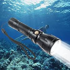 best primary dive light the best scuba dive lights of 2018 scuba diving gear