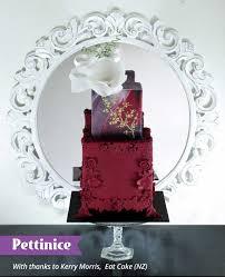 pettinice bas relief square burgundy cake tutorial