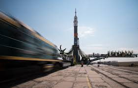 expedition 48 soyuz rollout nasa