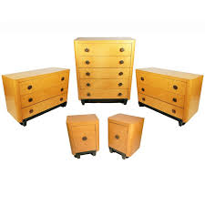 art deco bedroom suite circa 1930 for sale at 1stdibs art deco bedroom set in bird s eye maple for sale at 1stdibs
