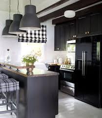 black kitchen cabinets in log cabin brian flynn cabin makeover home makeover ideas