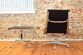 Lounge Chair And Ottoman Eames by Charles And Ray Eames For Herman Miller Aluminum Group Lounge