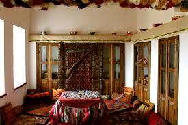 interier file medieval azerbaijani house interier jpg wikimedia commons