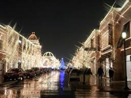 city lights at town center christmas at etc is lovely with lights and horse drawn carriages