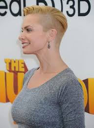 short edgy haircuts for women over 40 10 of our top picks for jaime pressly hairstyles blonde pixie bob