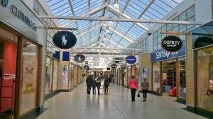 designer outlet store interior picture of mcarthur glen designer outlet york