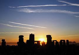 28 ex machina meaning saturn skies chris conde 800px summer solstice sunrise over stonehenge 2005 jpg