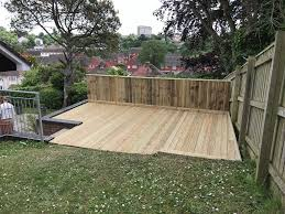 handyman general maintenance patio walls decking fencing laminate