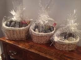 Make Your Own Gift Basket Best 25 Make Your Own Hamper Ideas On Pinterest Xmas Hampers