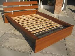 Platform Bed Pallet Bedroom Diy Pallet Bed Frame With Storage Expansive Concrete