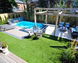 Small Backyard Pool by Backyard Designs With Pools 25 Best Small Backyard Pools Ideas On