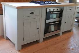 oak kitchen island units this freestanding base unit has an electric oven and hob built in