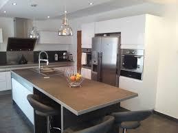cuisines avec ilot modele cuisine avec ilot central table et une cuisine design