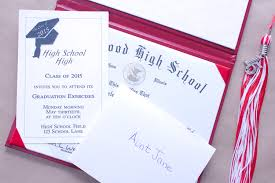 school graduation invitations how to put together graduation announcements synonym