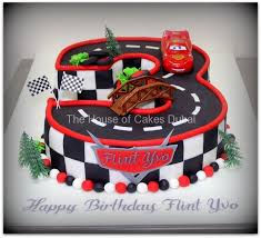 lightning mcqueen cake lightning mcqueen car cake by the house of cakes dubai fantastic