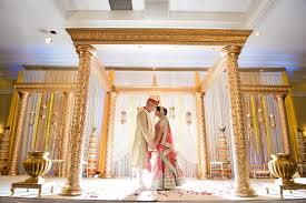 wedding backdrop altar dulhan mandap toronto indian wedding and reception décor