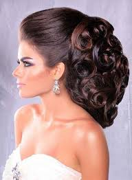 wedding hair using nets 97 best lovely hairdos images on pinterest hair dos curls and