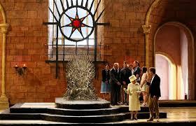 Chair Game Of Thrones Queen Elizabeth Visits U0027game Of Thrones U0027 Set Declines Iron Throne