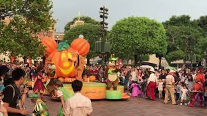background halloween mickey hd hongkong disneyland mickey halloween streets party 2017 09