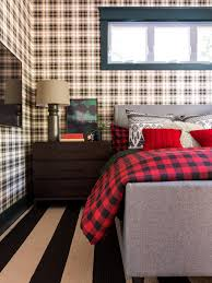 15 inspiring wallpapered bedrooms