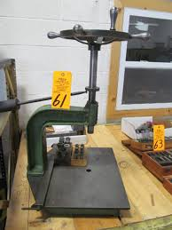 lassy model 12f manual tapping machine w dies