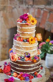 organic edible flowers stunning wedding cake with organic edible flowers from http