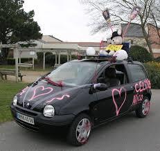 deco mariage voiture voiture balai rôle idées de déco photos préparation mariage