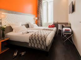 port chambre chambres accessibles pmr hôtel carré vieux port