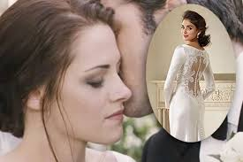 swan s wedding dress twilight kristen stewart as swan vs kate middleton the