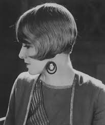 cute short hairstyles 60 style icons sport the bob from the 1920s