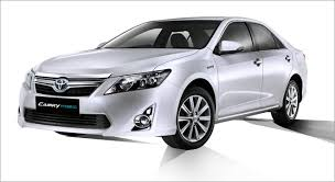 toyota india car camry hybrid india s locally manufactured toyota hybrid car