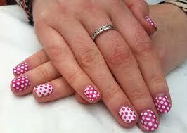 cute polka dot nail art tutorial