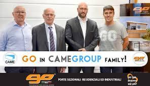 go porte sezionali go in camegroup family con piacere e go porte e portoni