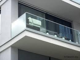 glas f r balkon balkongeländer glas sorgt für sicherheit ungestörte aussicht