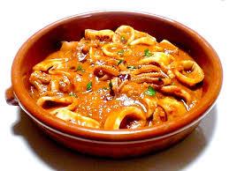 cuisiner des calamars des encornets au chocolat suquet de la costa brava à la sauce