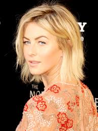 how to make your hair like julianne hough from rock of ages 25 hairstyles that make you look younger julianne hough sheer