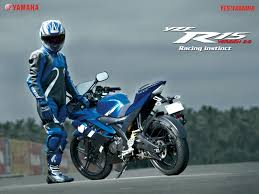cbr new model comparison of yamaha r15 version 2 0 vs 2012 honda cbr 150r