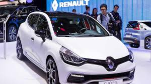 renault clio sport 2015 clio renaultsport 220 trophy edc arrives in geneva with more power