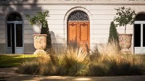chambre d hotes montpellier porte entree pots domaine de biar chateau chambres d hotes charme