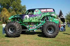original grave digger monster truck grave digger 20 monster trucks wiki fandom powered by wikia