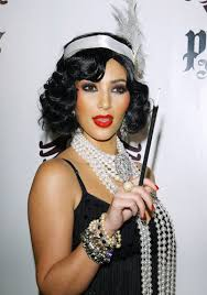 Gatsby Halloween Costumes Kim Kardashian Dressed Flapper Love Red Lips Pearls